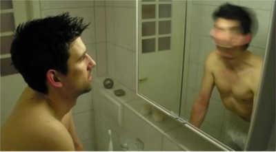 esercizio davanti allo specchio